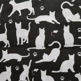 Kočky na černé bavlna č.105 cena za 1 metr
